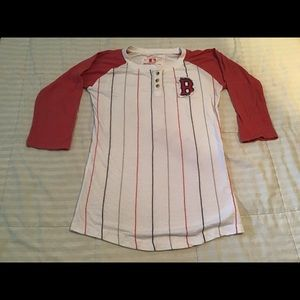 Woman's Boston Red Sox t-shirt!